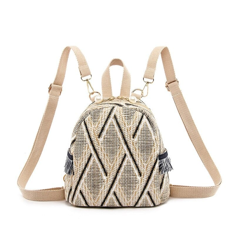 When solid summer straw bag 2021