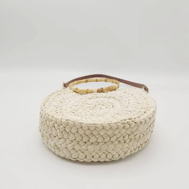 Why handicraft straw bags