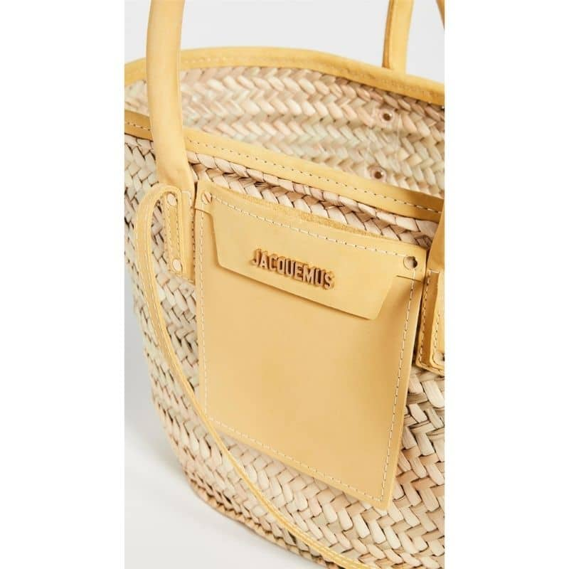 White large straw bag suggest