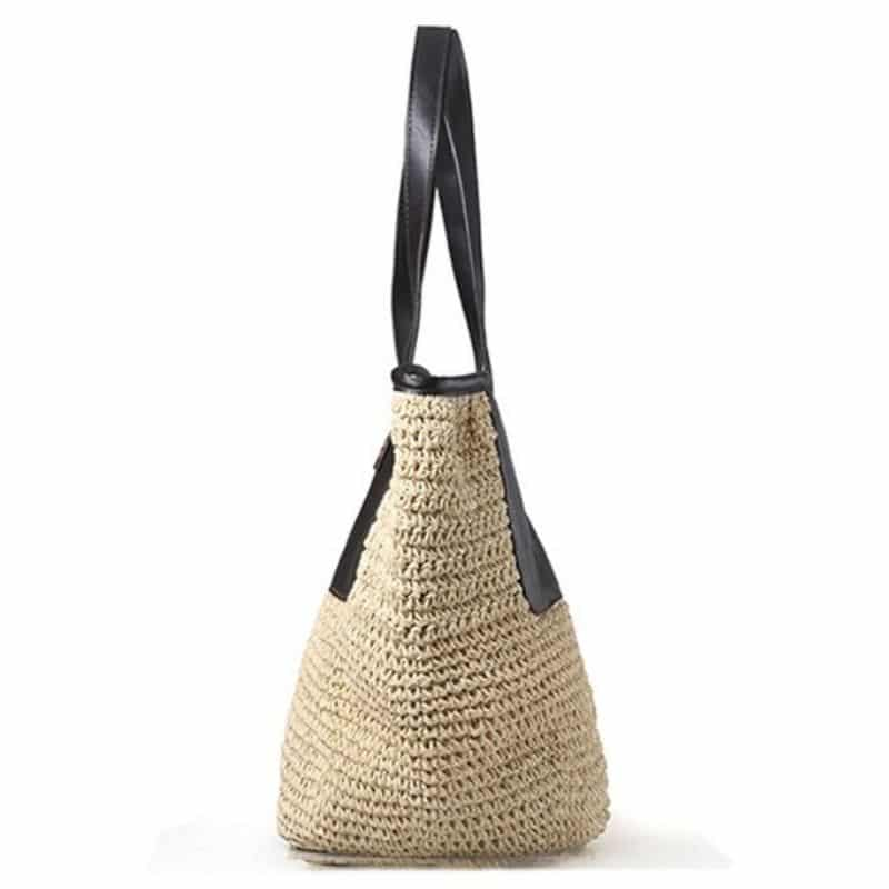 When circular large straw tote